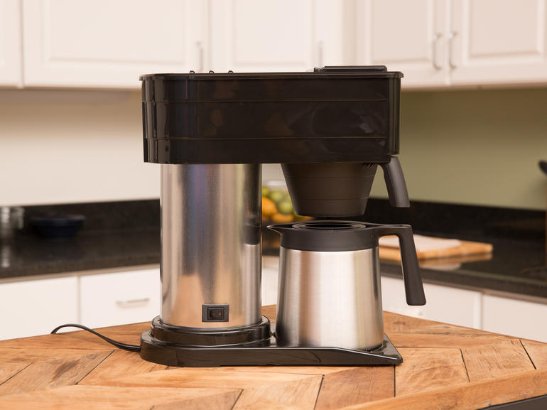 Coffee maker with water line hook up
